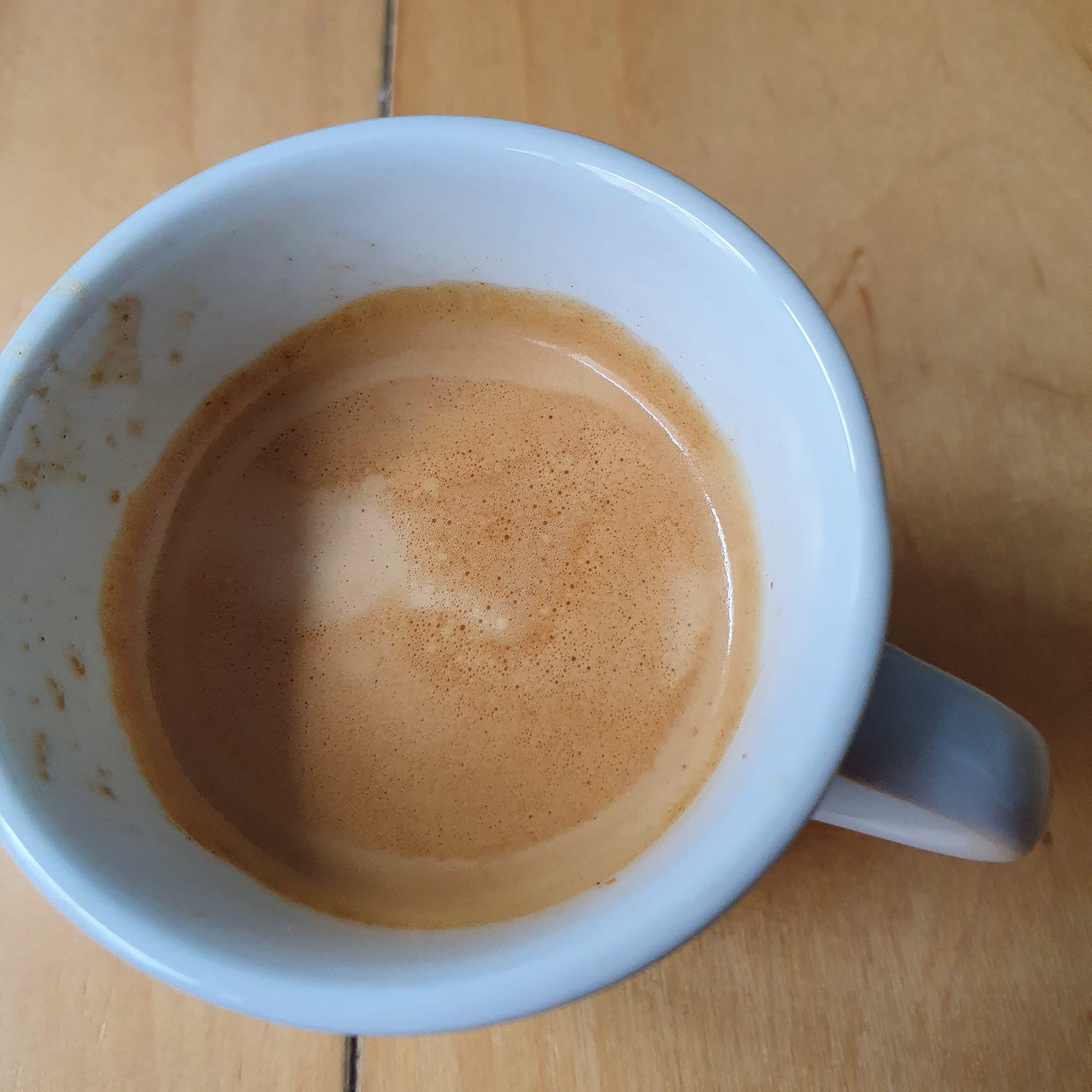 Ein guter Morgen beginnt mit Espresso